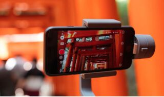 Smartphone Filmmaking: Essential Accessories for Shooting like a Pro